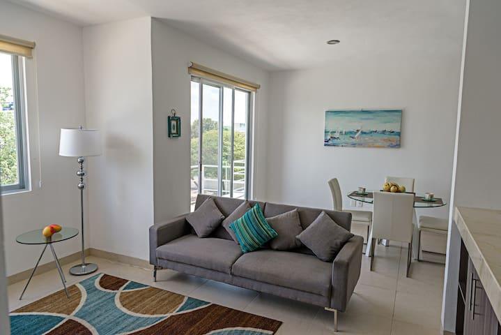 J-204 Cancun Downtown Family Suite