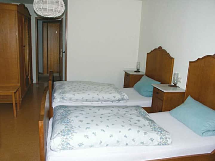 Gästehaus Eckenfels, (Ohlsbach), Zweibettzimmer mit Dusche und WC