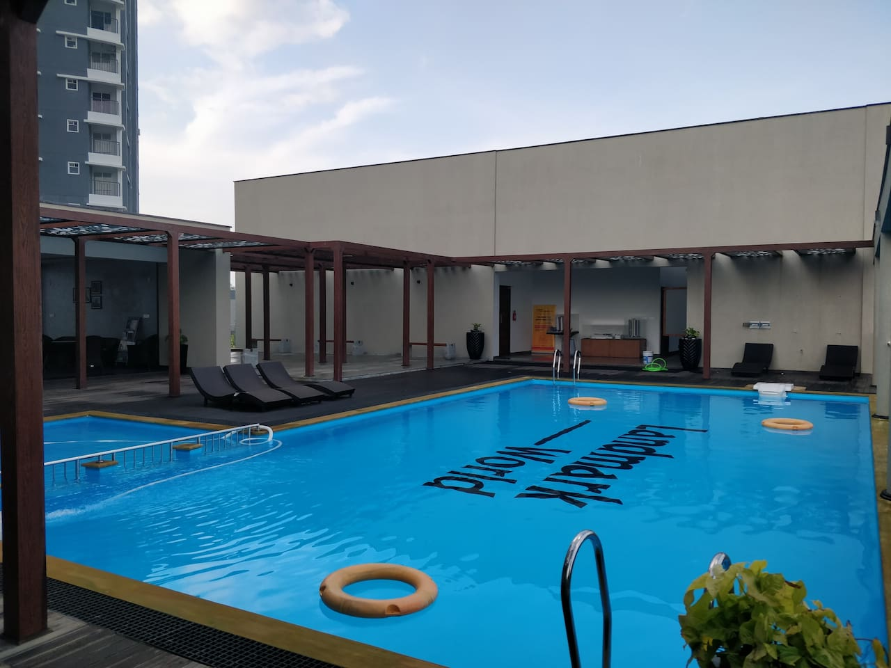 Family Club House - Swimming Pool