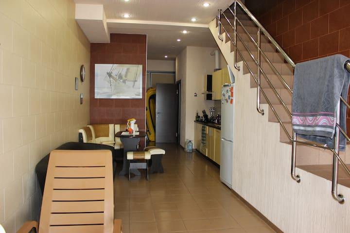 Разрешим пожить в нашем уютном доме - Matsesta Microdistrict - Casa