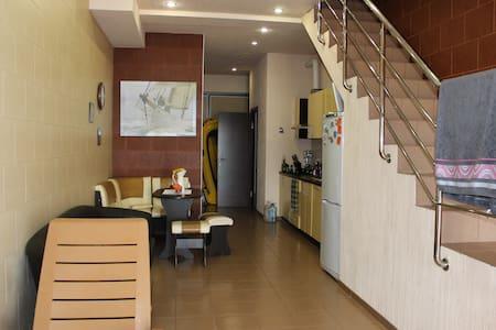 Разрешим пожить в нашем уютном доме - Matsesta Microdistrict - Haus