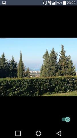 Kapali havuz,manzara,marine villa da ev paylasimli - Yenice Mahallesi - บ้าน