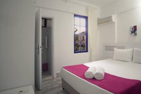 Monkey Boutique - Antalya - Bed & Breakfast