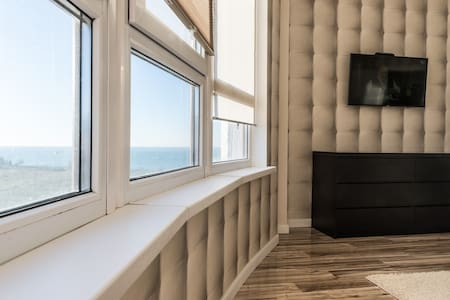 Flat with magnificent view in two minutes from sea