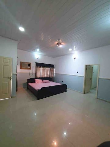 Beautiful Room in a Luxury House in Onitsha