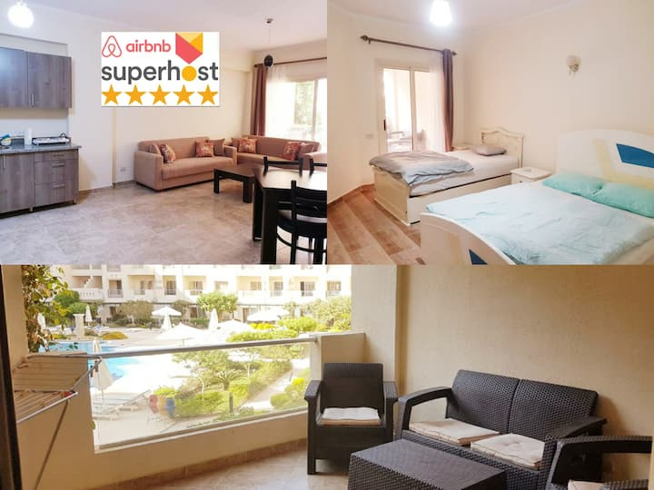 100m to the open beach Pool Wifi 3beds+sleepersofa