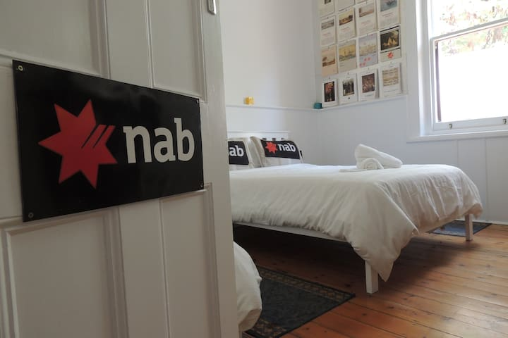 NAB Bank Themed Room