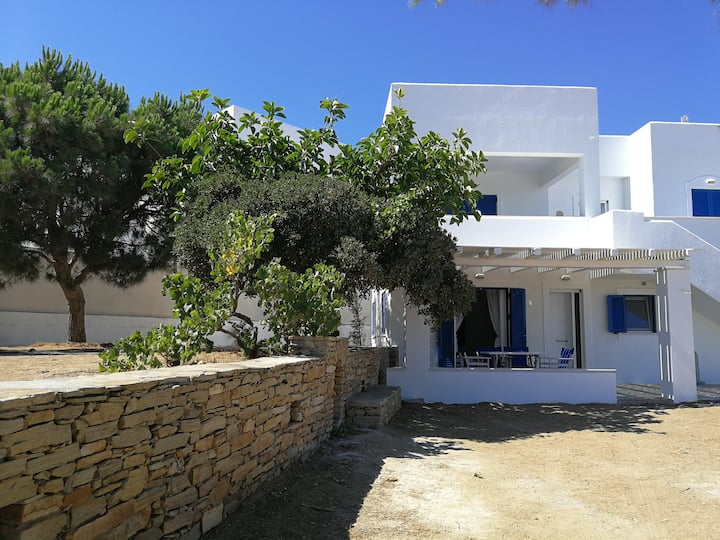 Kapares boutique vacation house with sea view 1