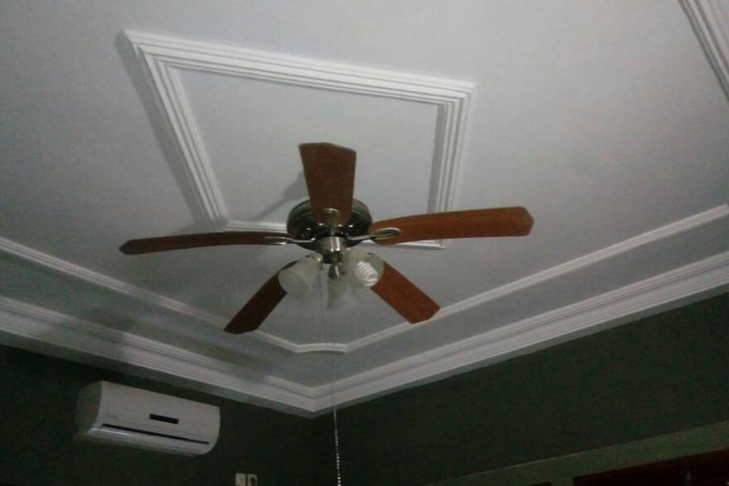 Ceiling of second bedroom