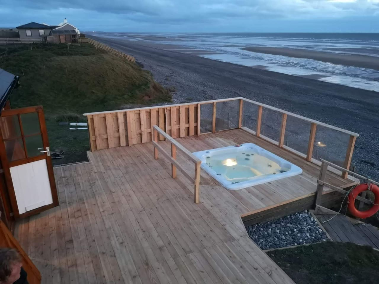 Experience the best winter-storms in your own sunken hot tub