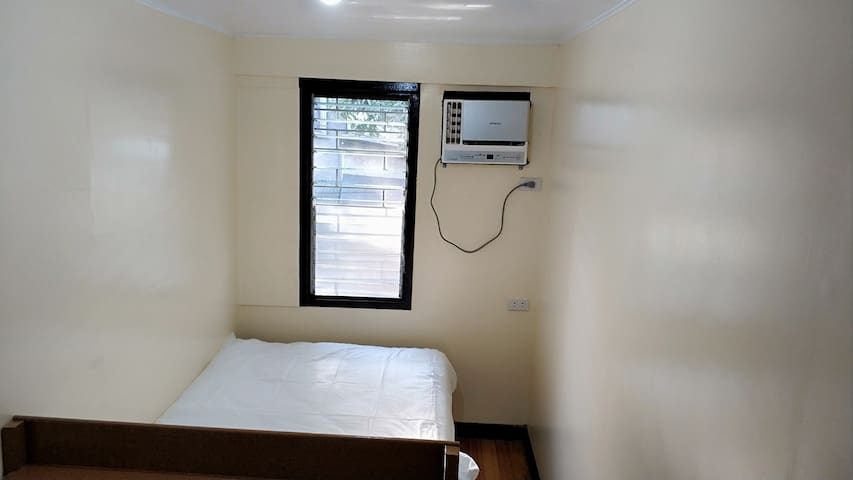 Private Window AC Room Makati Ave Rockwell Bel Air