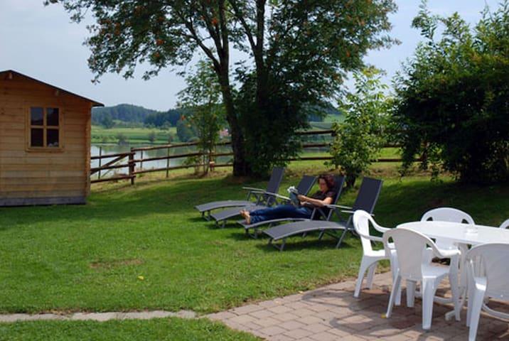 Haus Sonnenschein, (Tettnang), Ferienwohnung Adlerhorst, 110 qm, Terrasse, 3 Schlafzimmer, max. 10 Personen