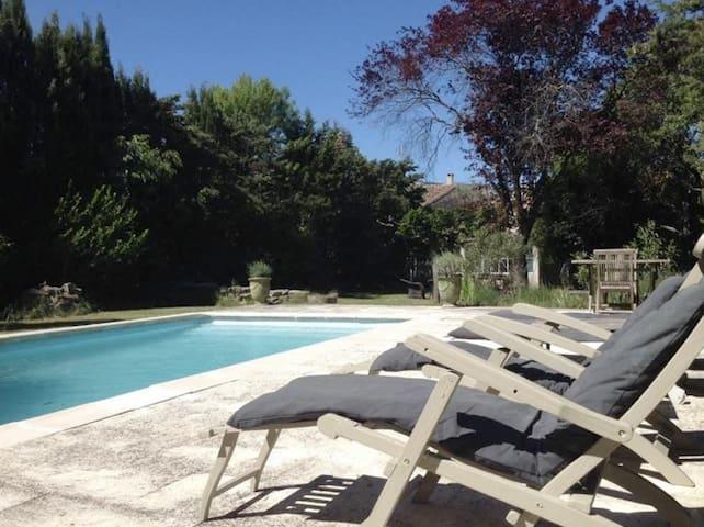 Lieu de charme dans maison vigneronne - Valflaunès - 獨棟