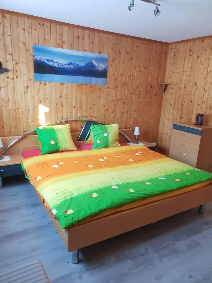 Kleine gemütliche 2-Zimmer Wohnung in Langwies