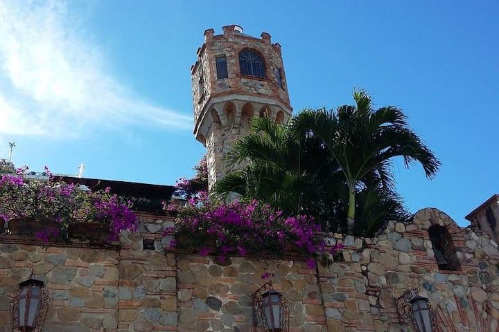 Casa de La Torre Luxury Villa Puerto Vallarta