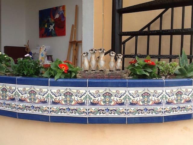 rustig, separaat gastenverblijf - Urbanización Monteazul