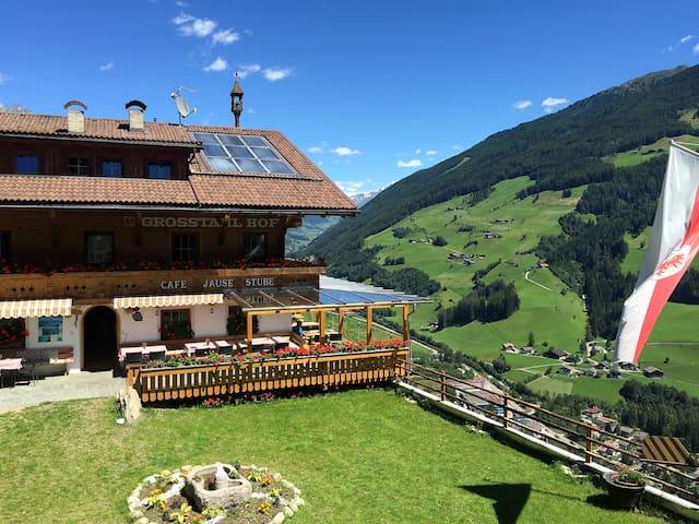 Mountain Panorama View  Apartment Großstahlhof