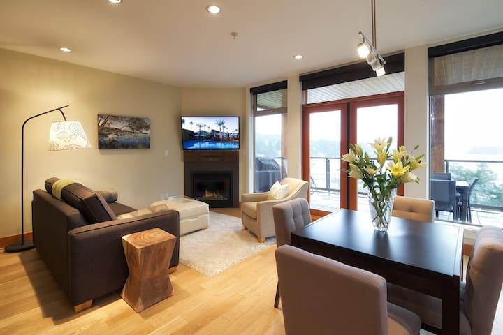 Mariner's Loft 13 Luxury 2 bdrm (sleeps 6)