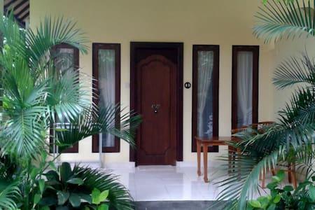 Adisiya Home Stay Pemuteran - Gerokgak