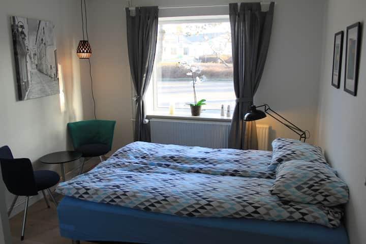 Dejligt værelse ved Stevns Klint (værelse 2)