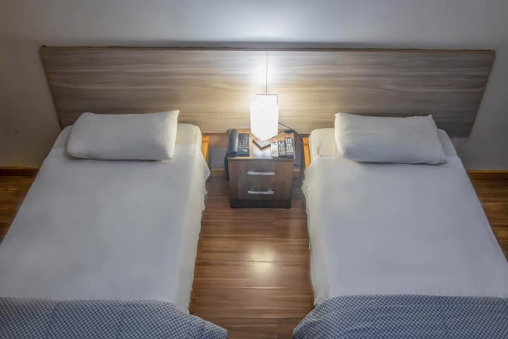 Hotel Portucali - Apartamento Duplo Solteiro