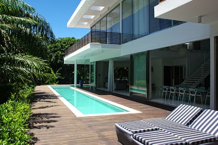 Villa Tortola - Itacimirim