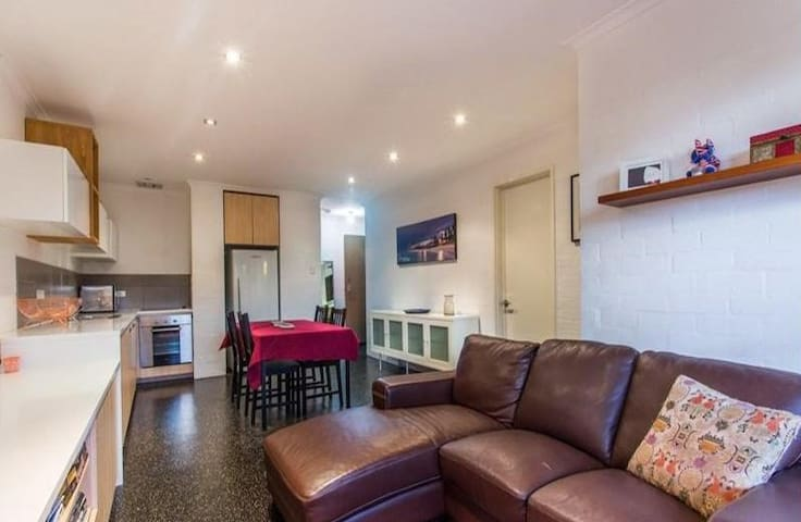 Pretty Central based spot to explore Perth - South Perth - Apartamento