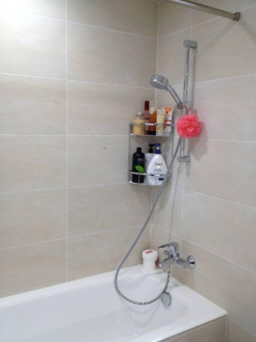Hotel Grade Master Bathroom