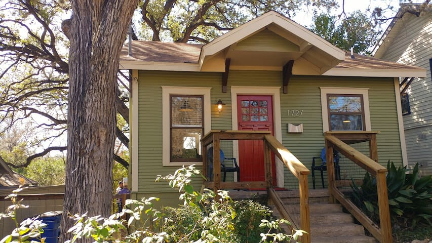 Most charming tiny house - GREAT MONTHLY RATES!