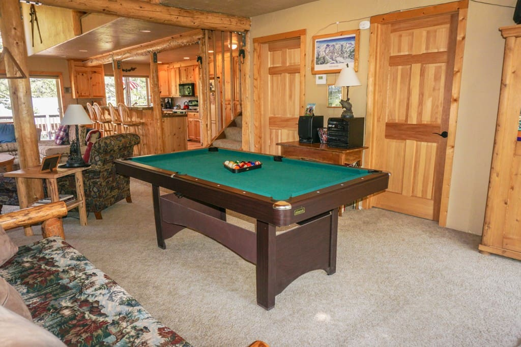 Cabin style with a pool table