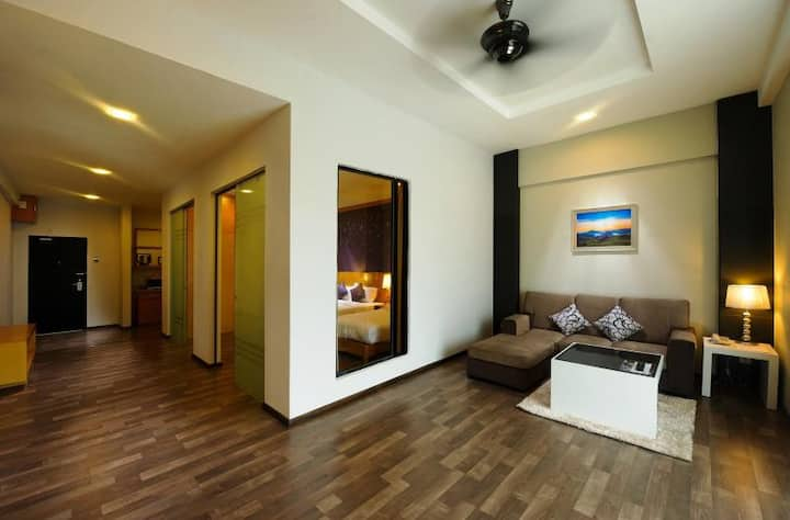 Nova Highlands Resort- 2 bedrooms @8th floor