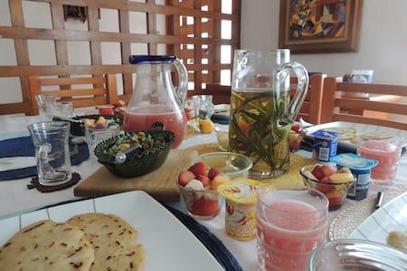 La habitación al Jardín - Πόλη του Μεξικού - Bed & Breakfast