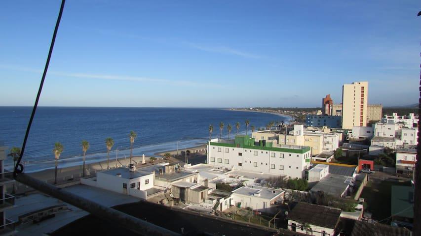 Apto en el centro con vista al mar. - Piriápolis - Apartment