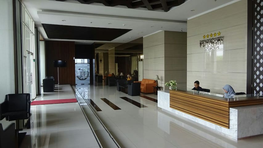 Cozy OASIS Apartment Near Cikarang Industrial Area