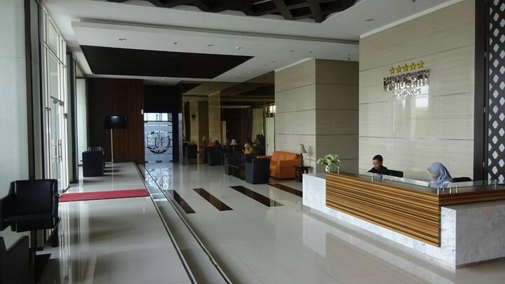Cozy Oasis Apartment Near Cikarang Industrial Area