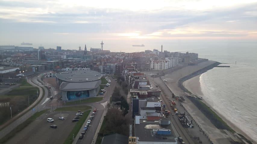 Vlissingen app  aan boulevard weids zeezicht - Vlissingen - Apto. en complejo residencial