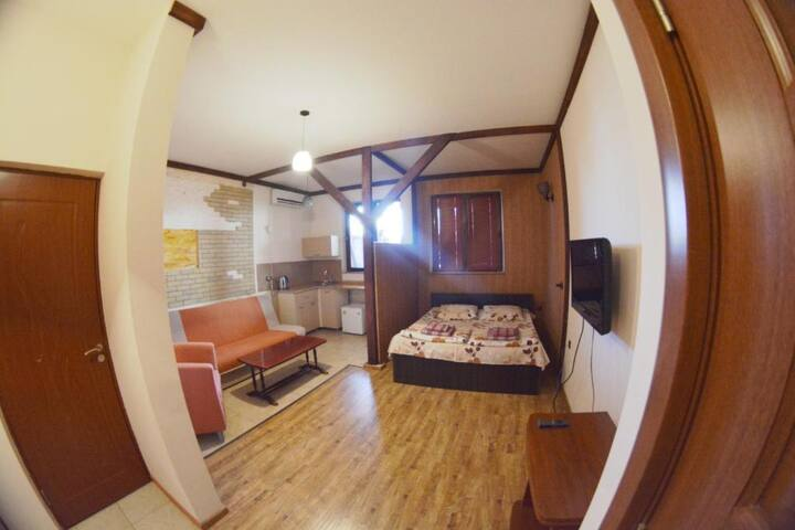 Deluxe double room with 1 standard and additional
