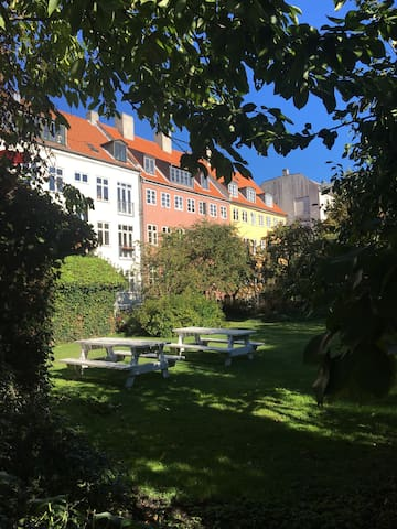 Cozy garden apartment - Kopenhaga - Apartament