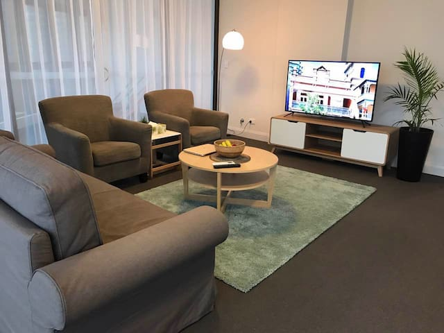 Top Level Stunning View 2bedroom Apt@Olympic Park - Sydney Olympic Park - Apartmen perkhidmatan