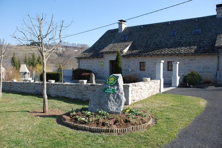 L'Ensolélhada,gîte rural en Aubrac proche Laguiole