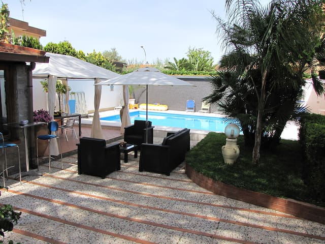 Villa a Mondello piscina privata ad uso esclusivo - Palermo - Vila