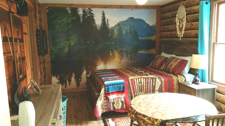The mountain Retreat Suite
