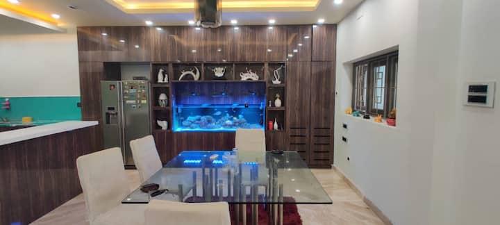 Luxurious Home near Chennai Governor Bungalow