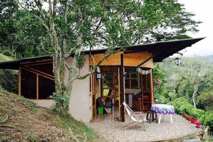 Cabaña Ecológica, reconéctate con la Naturaleza.