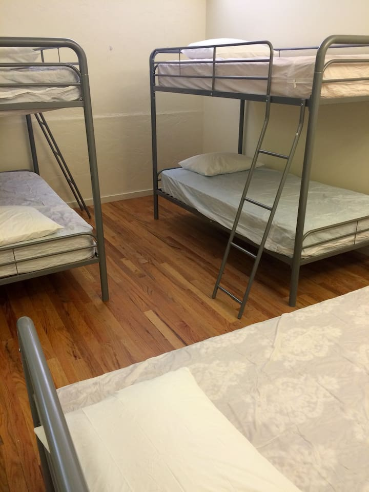 5-Bed Dorm ($28/bed/night)
