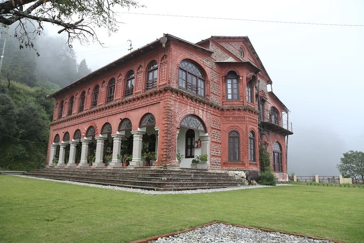 Raghushree - Your home in the hills - Mussoorie - Boutique-hôtel