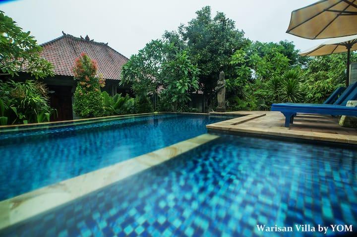 Warisan Pool View Villa Nusa Lembongan B&B