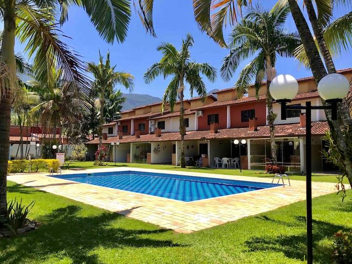Massaguaçu - relax piscina churrasqueira e lazer