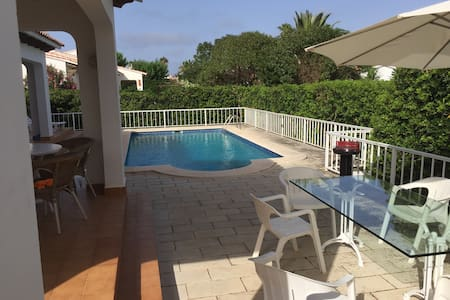 Splendida villa indipendente - S'algar - Villa