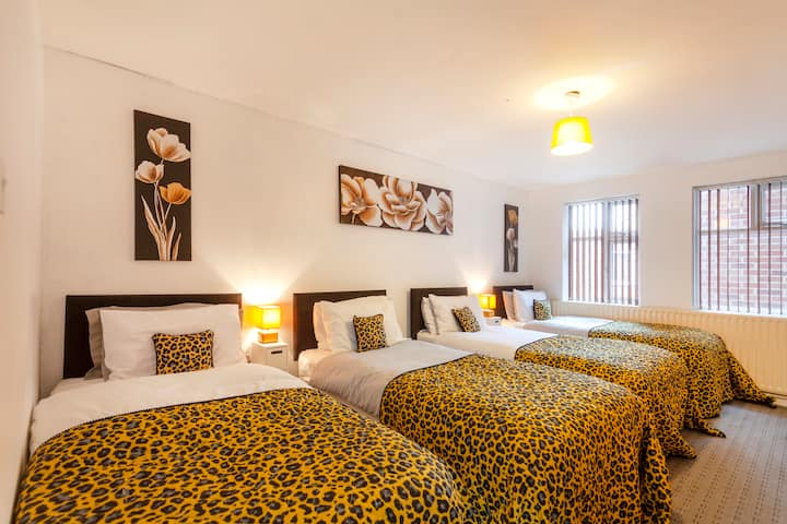Nottingham Top Serviced Suite, Parking
